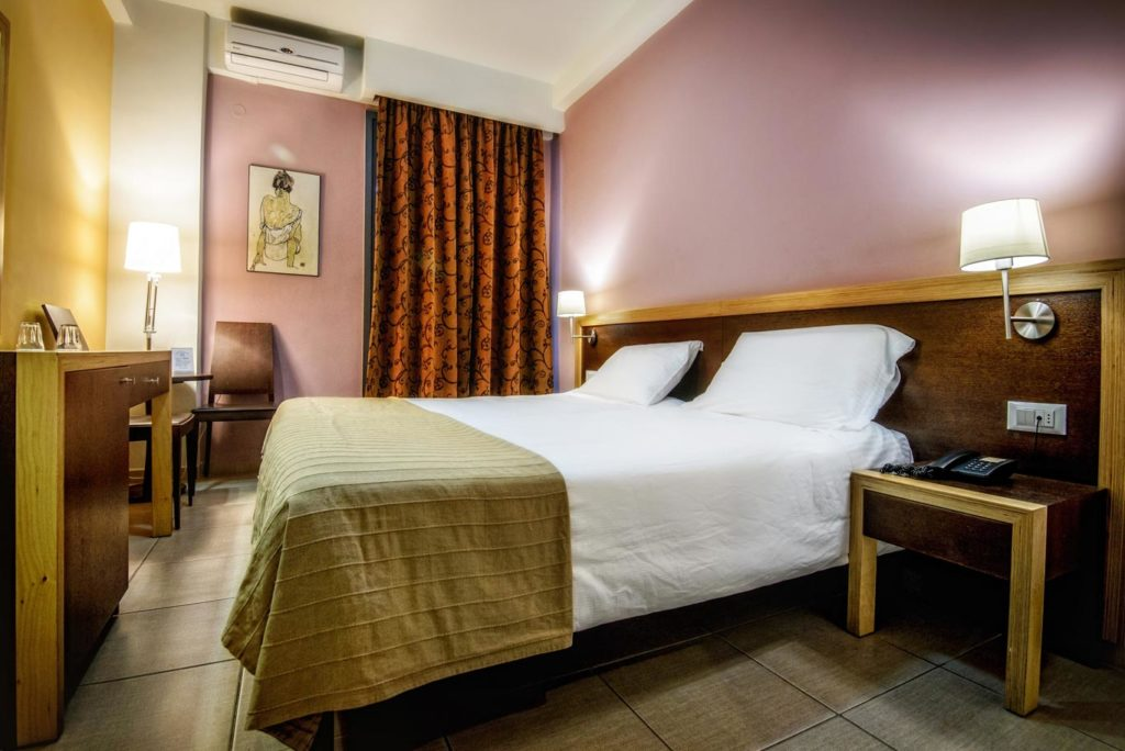 Double_Twin Room 1 - Iraklion Hotel - Hotel in Heraklion Crete