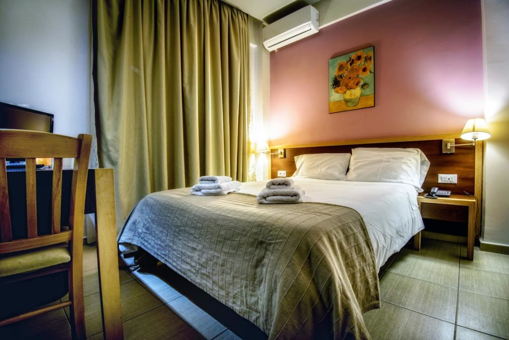 Double_Twin Room – Iraklion Hotel – Hotel in Heraklion Crete