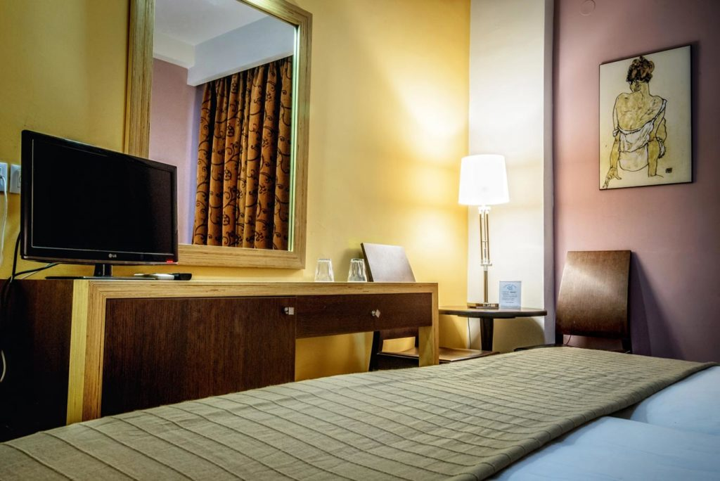 Double_Twin Room 5 - Iraklion Hotel - Hotel in Heraklion Crete