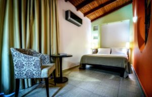 Family Room Room 10 - Iraklion Hotel - Hotel in Heraklion Crete