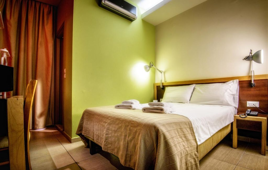 Single Room 1 - Iraklion Hotel - Hotel in Heraklion Crete