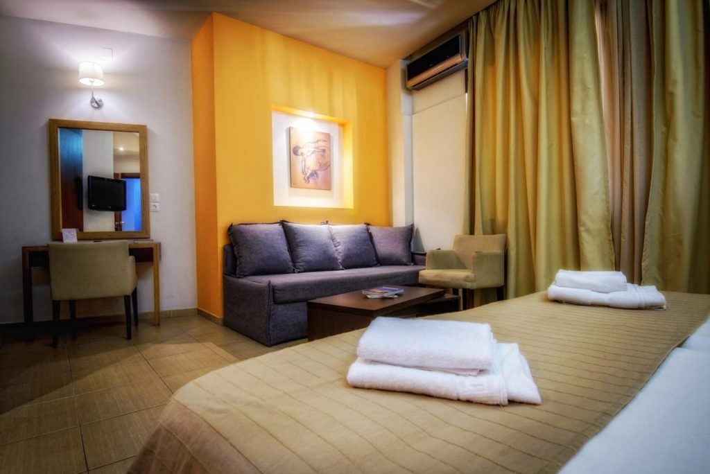 Triple Room 3 - Iraklion Hotel - Hotel in Heraklion Crete